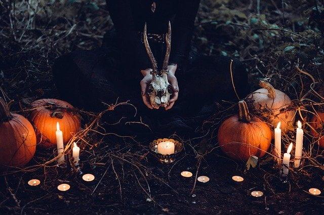 Arti Mimpi Meniup Lilin Mati Menurut Primbon