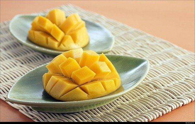 Mangga pasti jadi salah satu buah favoritmu bukan?. Makna Mimpi Makan Mangga Menurut Primbon harus diperhatikan. Inilah arti mimpi makan mangga dari primbon.