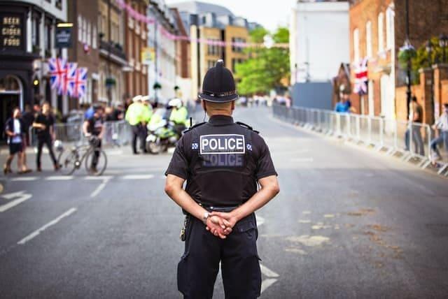 Arti Mimpi Ada Operasi Razia Polisi Gabungan Menurut Primbon