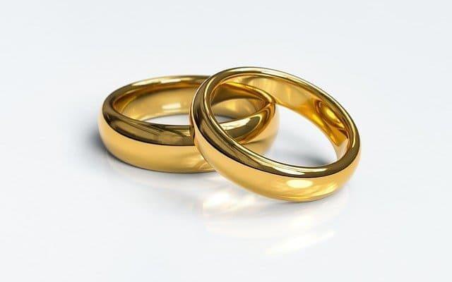 Arti Mimpi Menemukan Cincin Emas Menurut Primbon