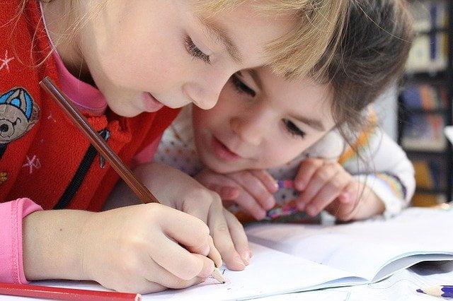Makna Mimpi Melihat Ujian Sekolah Pertanda Apa