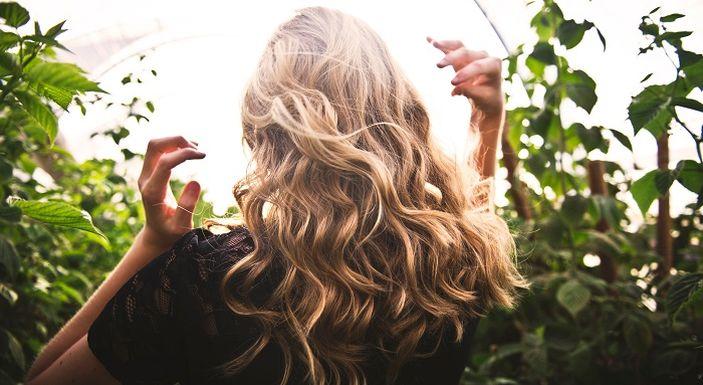 Mengetahui Kepribadian Seseorang dari Jenis Rambut Psikolog